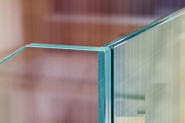 شیشه لمینیت